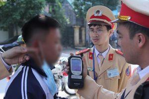 Huy động tối đa lực lượng xử phạt tài xế vi phạm nồng độ cồn trong 7 ngày Tết
