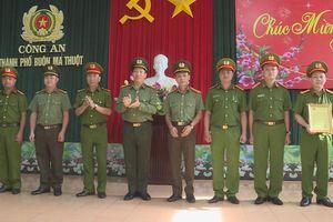 Khen thưởng đột xuất Công an TP Buôn Ma Thuột trong công tác đảm bảo an ninh trật tự Tết Canh Tý 2020