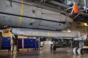 B-52 của Mỹ bỏ hết bom hạt nhân, nhưng tên lửa hạt nhân vẫn… đầy