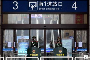Trung Quốc kiên quyết tăng cường các biện pháp ngăn chặn dịch viêm phổi lạ