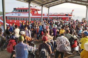 Kiên Giang: Hơn 75 chuyến tàu, phà đưa khách đến và rời đảo Phú Quốc trong 2 ngày cuối năm