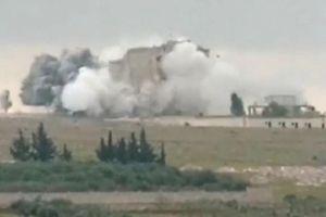 Máy bay Nga tấn công vào nơi cư trú của những kẻ khủng bố tại tỉnh Idlib -Syria