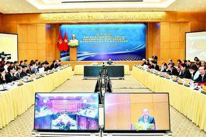 Kỷ niệm 90 năm ngày thành lập Đảng Cộng sản Việt Nam (3/2/1930 - 3/2/2020): 'Trái ngọt' từ Chỉ thị của Ban Bí thư