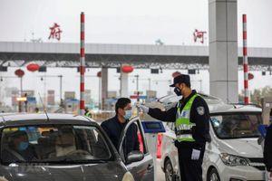 Bắc Kinh đình chỉ xe buýt vào thành phố để ngăn lây lan virus corona