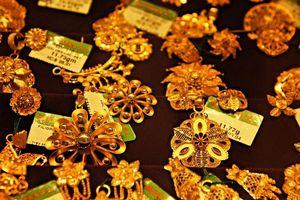 Giá vàng ngày 25/1: Virus corona hoành hành đẩy giá vàng tăng vọt