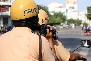 CSGT có được dùng điện thoại quay người vi phạm?