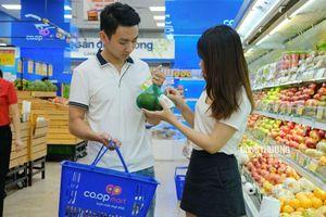 Mùng 2 Tết: Nhiều siêu thị mở cửa, người dân thỏa sức mua sắm
