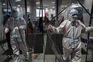 Khách Việt chịu mất hàng chục triệu đồng vì sợ tới ổ dịch corona