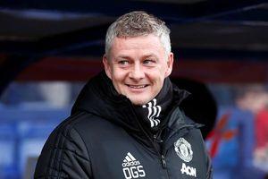 Manchester United lập nhiều kỷ lục khi hủy diệt Tranmere 6-0