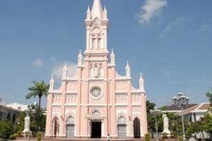Lo ngại dịch viêm phổi do virus Corona, nhà thờ Chính tòa Đà Nẵng đóng cửa không đón khách