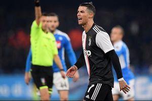 Ronaldo ghi bàn, Juventus vẫn nhận thất bại trước Napoli