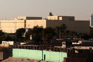 Sứ quán Mỹ ở Iraq bị tấn công bởi 3 quả tên lửa