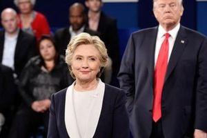 Bà Hillary Clinton quyết hạ bệ Tổng thống Donald Trump