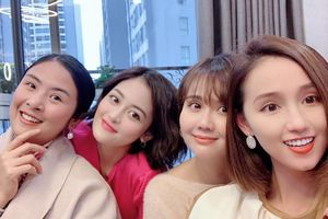 Lã Thanh Huyền, Thùy Anh tụ họp hội bạn thân nổi tiếng đón Tết