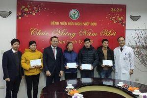 Thăm hỏi nạn nhân tai nạn giao thông tại Bệnh viện Việt - Đức