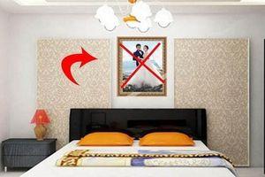 Treo ảnh cưới góc này trong phòng ngủ, sai lầm tai hại nhiều người mắc