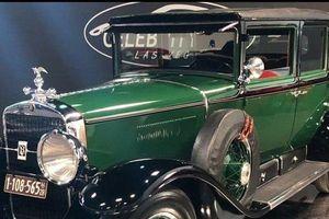 Cadillac Bulletproof 1928 bọc thép của 'bố già', đấu giá tới 1 triệu USD