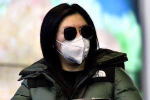 Bắc Kinh phạt 3 triệu nhân dân tệ cửa hàng đội giá khẩu trang