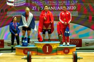 Hoàng Thị Duyên giành thêm ba huy chương vàng
