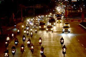 Chùm ảnh: Người dân miền Tây ùn ùn đổ về TPHCM