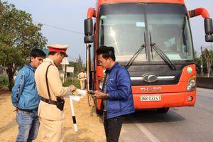 Quảng Bình: Tổng kiểm soát xe khách sau Tết Nguyên đán