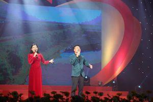 Dàn nghệ sĩ nổi tiếng biểu diễn trong 'Với Đảng vẹn tròn tin yêu'