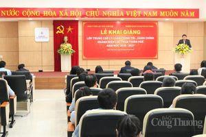 PC Thừa Thiên Huế tăng cường đào tạo lý luận chính trị - hành chính