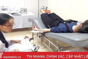 Hai mẹ con người Hà Tĩnh trực tiếp hiến máu cứu bệnh nhân