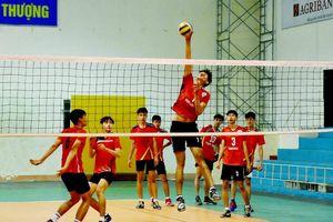 Nam vận động viên bóng chuyền 18 tuổi cao nhất Việt Nam là ai?