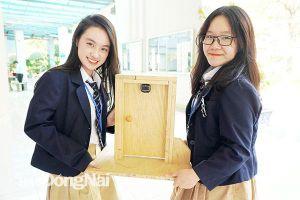 Hai nữ sinh tìm giải pháp chống trộm