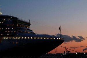 Ca nhiễm corona trên tàu không ngừng tăng, Nhật Bản đổi hướng xử lý