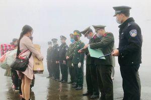 Tiếp nhận và cách ly 8 công dân Việt Nam do phía Trung Quốc trao trả