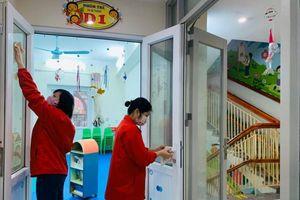 Hà Nội: Tiếp tục vệ sinh trường học và nắm bắt tình hình sức khỏe học sinh