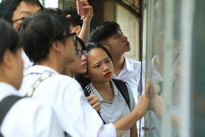 Học sinh nghỉ học dài ngày: Có lùi thời gian thi THPT quốc gia?