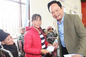 'Chúa đảo' Tuần Châu tặng 3 triệu chiếc khẩu trang cho người dân Quảng Ninh