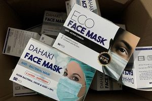 Đình chỉ công ty sản xuất khẩu trang kháng khuẩn trái phép ở Hải Phòng