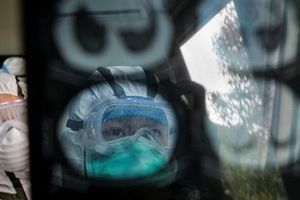 Chủ tịch Tập Cận Bình kêu gọi hành động mạnh đối với y tế Trung Quốc