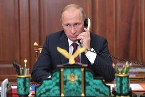 Tổng thống Nga, Ukraine thảo luận thúc đẩy triển khai thỏa thuận Minsk