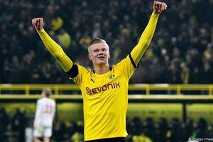 Erling Haaland nhận giải 'Cầu thủ xuất sắc nhất tháng' tại Bundesliga