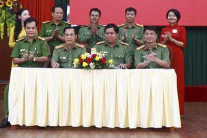Công an tỉnh Đắk Nông tổ chức ký giao ước phong trào thi đua 'Vì an ninh Tổ quốc' năm 2020