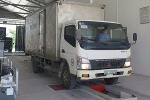 Gắn tem đăng kiểm riêng cho xe ô tô kinh doanh vận tải