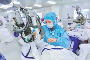 Trung Quốc triển khai nhiều biện pháp để bảo vệ nhân viên y tế