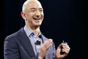 Người giàu nhất thế giới chi 10 tỷ USD 'cứu Trái đất'