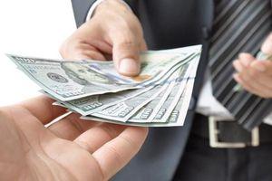 Khối ngoại 'sang tay' hơn 900 tỷ đồng cổ phiếu VPBank (VPB) sau khi EVFTA được thông qua