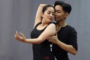 Khánh Thi - Phan Hiển 'gây sốt' khi nhảy theo nhạc phim 'Hạ cánh nơi anh'