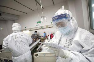 Trung Quốc: Mỗi bác sĩ nhiễm Covid-19 nhận 430 USD, nếu tử vong gia đình được nhận 700 USD