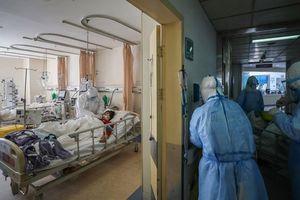 Covid-19 nguy hiểm gấp 20 lần cúm mùa ở Mỹ