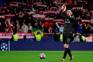 Sao Liverpool tức giận tố cầu thủ Atletico Madrid làm trò hề