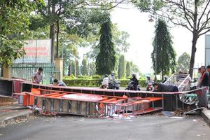 Sập cổng chào Bảo tàng tỉnh Đắk Lắk: 'Có mấy đồng bạc'