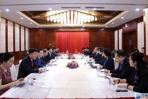 Phó Thủ tướng Phạm Bình Minh gặp song phương với Ủy viên Quốc vụ, Bộ trưởng Ngoại giao Trung Quốc